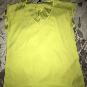 Express top brand new with out tags attached